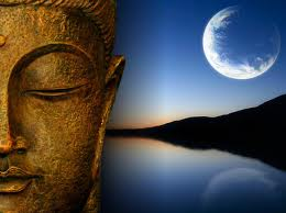 buddha_and_moon